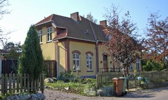 Inne i Munka Ljungby finns däremot stationen kvar - idag en trevlig villa.